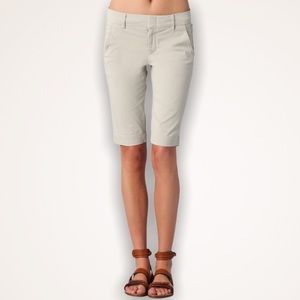VINCE Side Buckle Cream Bermuda Shorts